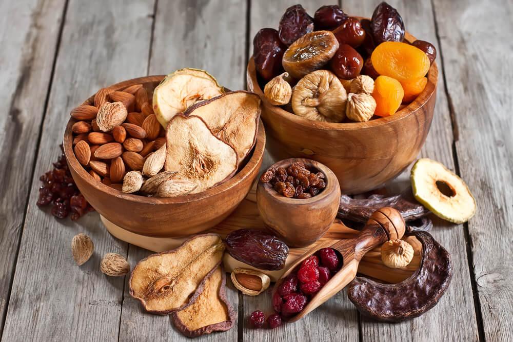 Descubre las propiedades de estos 10 frutos secos