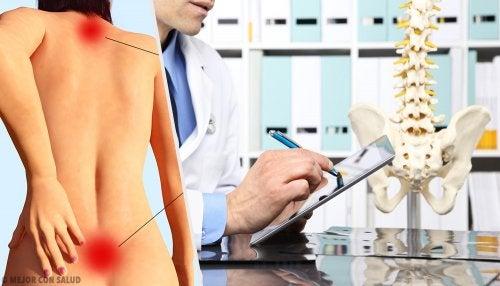 Hiperlordosis: qué es y en qué consiste