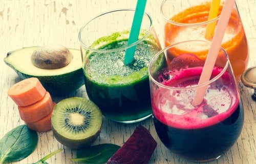 Jugos de vegetales para recuperarte después de los excesos