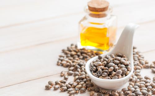 El aceite de ricino tiene 5 beneficios para tu salud y belleza