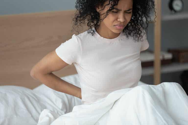 Calma el dolor de ciática con 5 remedios de origen natural