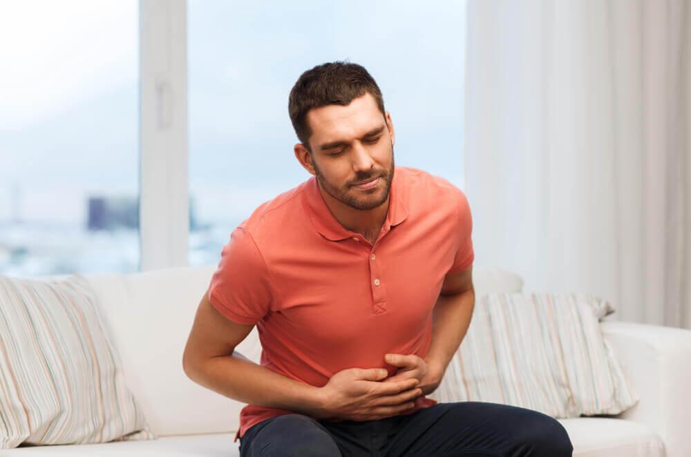 Sobrepoblación de bacterias intestinales: síntomas y complicaciones