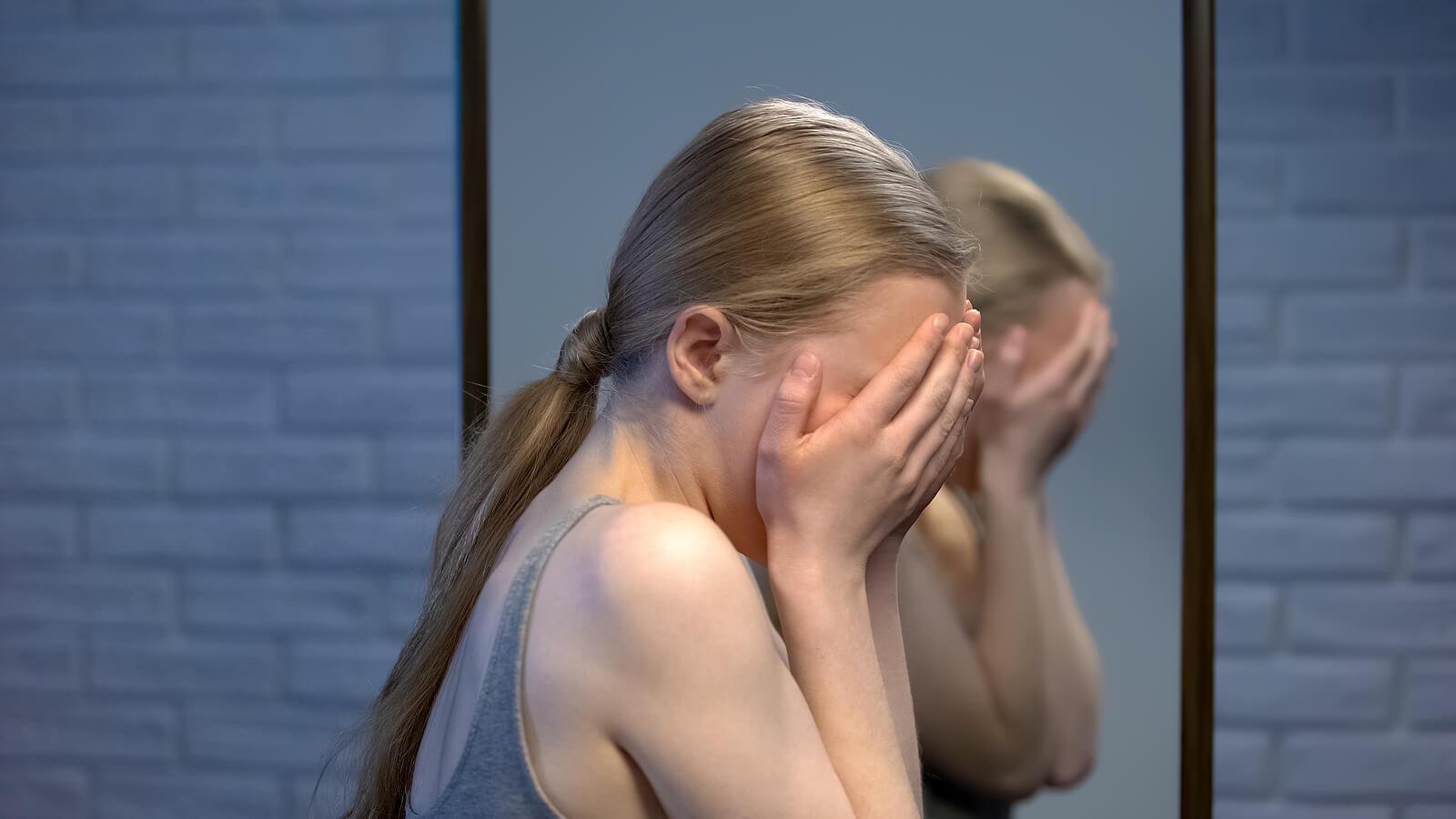 La dermatilomanía está relacionada con la ansiedad.