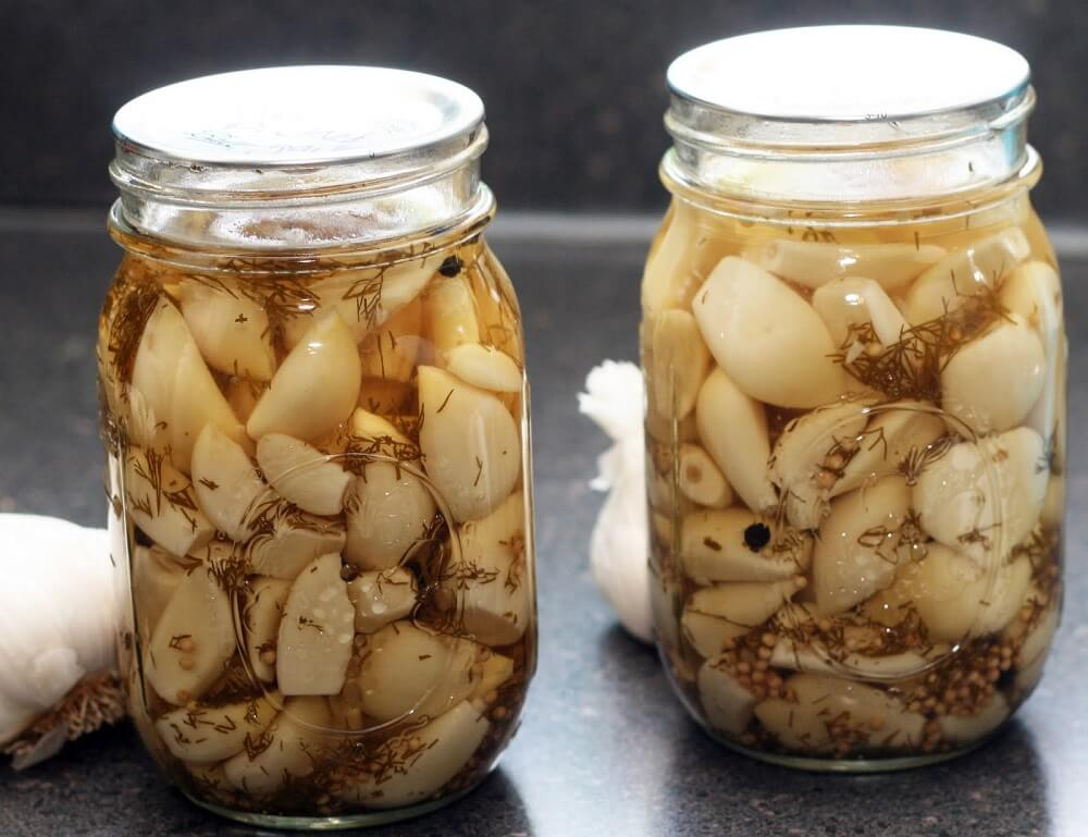 Cómo preparar remedio de ajo y naranja para tratar las varices