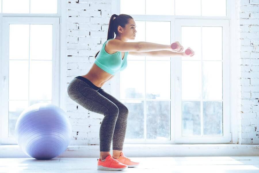ejercicios para mejorar sentadillas