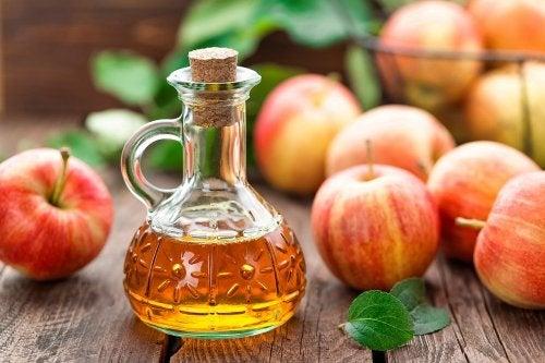 Vinagre de sidra de manzana.