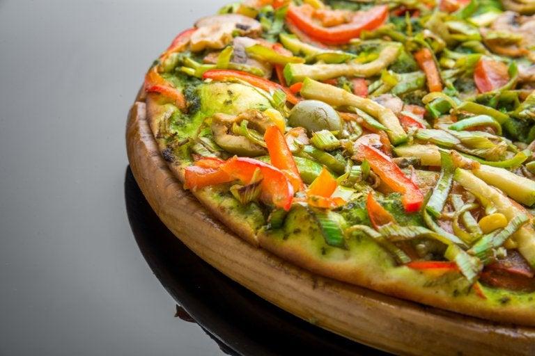 Cómo preparar una deliciosa pizza de aguacate