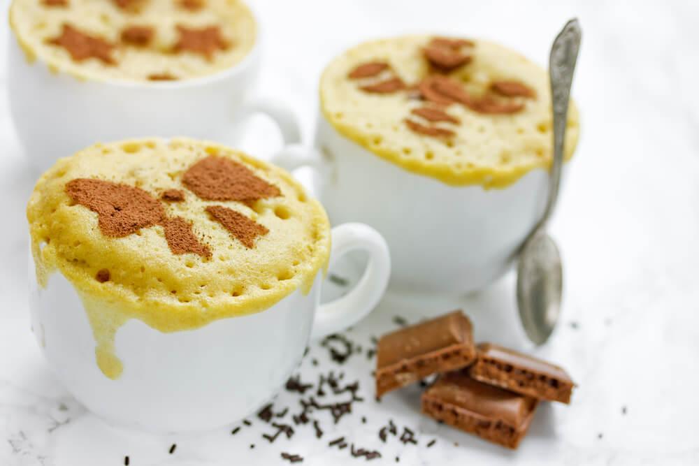 Cocinar bizcocho en microondas: rápido y sencillo