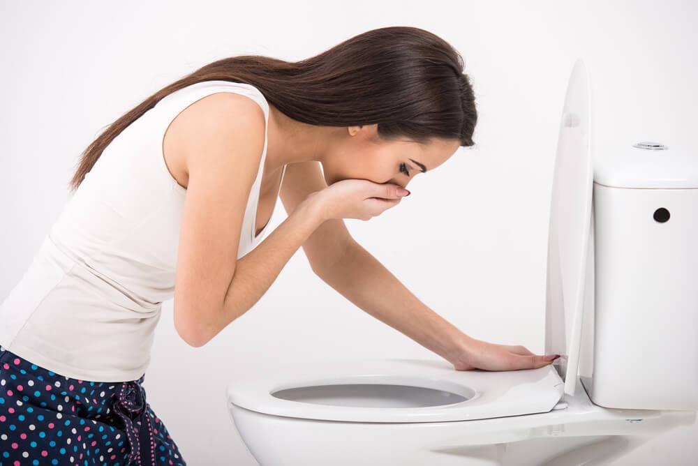 Gastroenteritis viral puede producir vómitos constantes