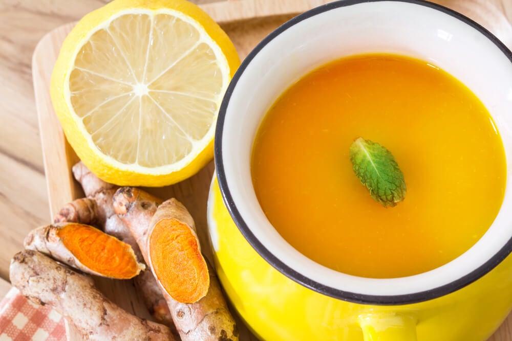 Limón y cúrcuma