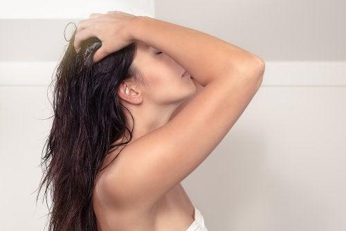mascarilla prelavado para proteger el cabello