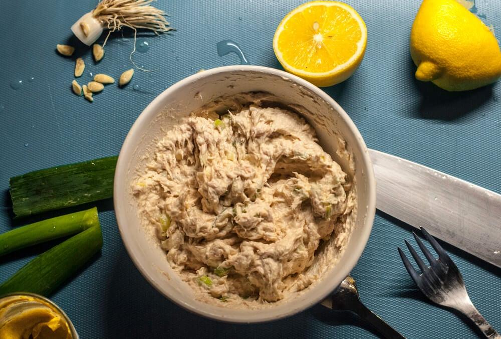 Paté de atún con mostaza