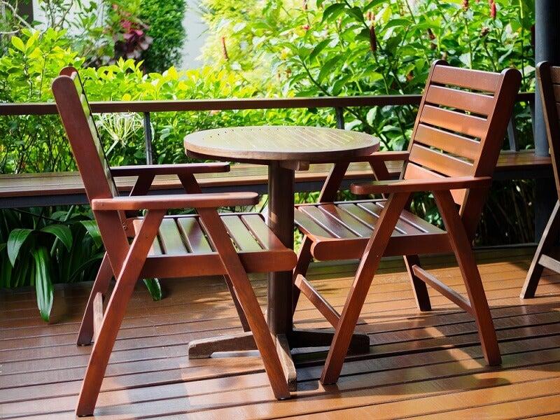 Proteger la madera del calor y el sol