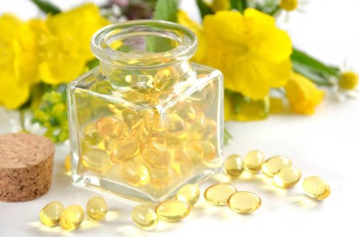 como aplicar aceite de onagra en la piel