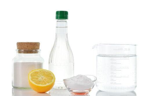 Beneficios de tomar agua con vinagre y bicarbonato antes de las comidas