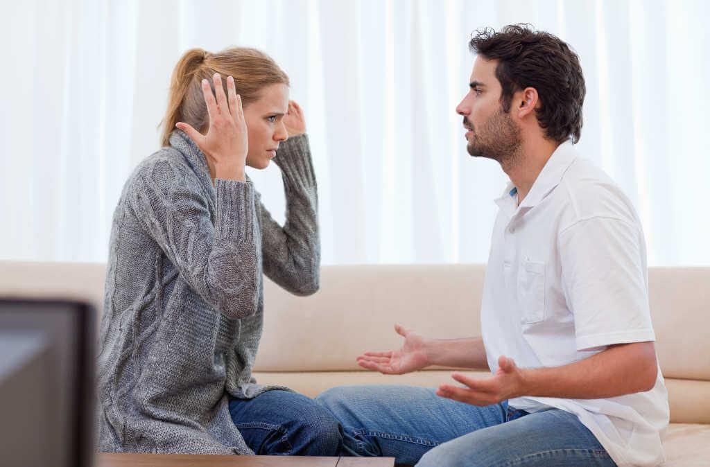 Lidiar con una relación destructiva incluye hablar directamente