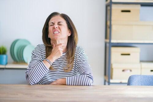 5 remedios naturales para tratar la esofagitis