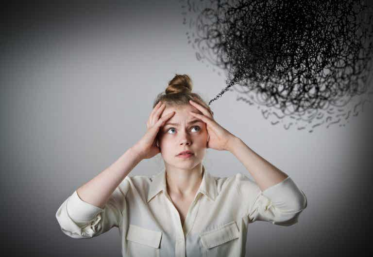 ¿El pensamiento negativo está afectando tu vida?