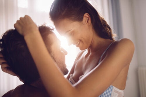 El tornillo: postura sexual que les encanta a las mujeres