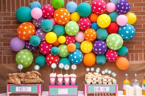 130914_Balloon_wall_20_baja2