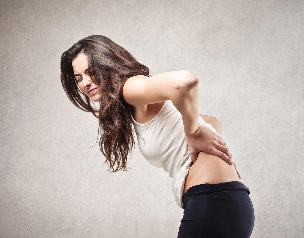 4 problemas de salud que te ocasionan dolor de espalda