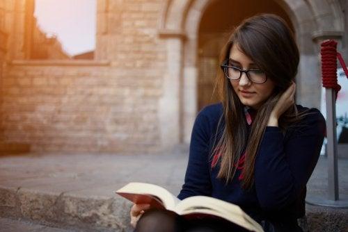 Beneficios de leer unos minutos al día.