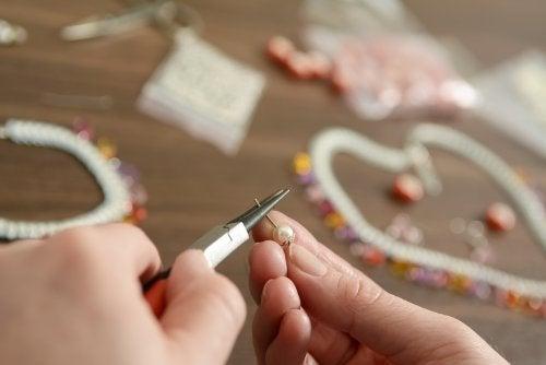 Cómo hacer collares y pulseras