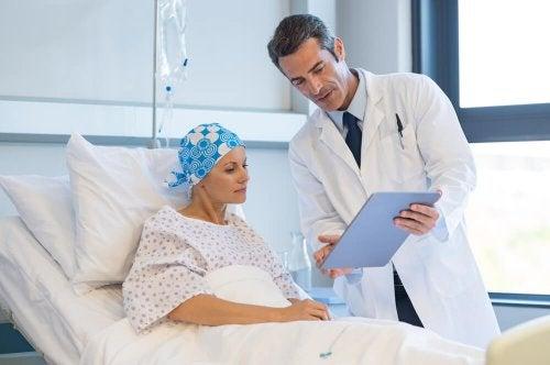 El apoyo emocional en pacientes con cáncer terminal