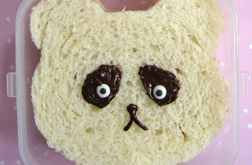 Oso panda de pan.