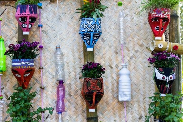 Realiza estas hermosas macetas con materiales reciclados
