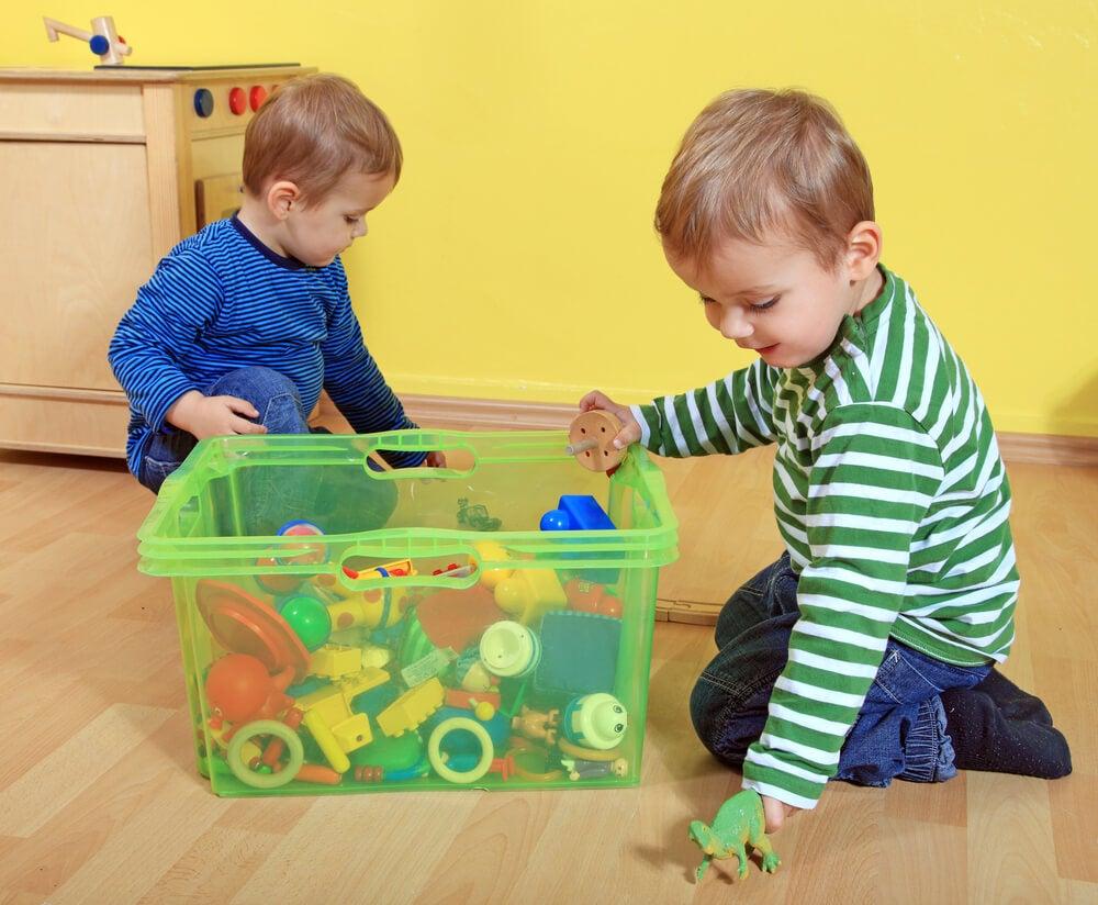 Una caja de juguetes ideal para mantener el orden