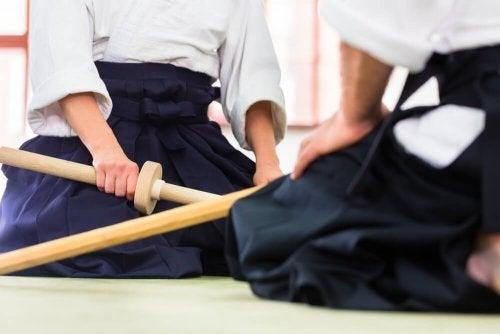 Practicar aikido