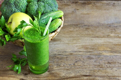 Batido verde para bajar de peso: ¿es útil?