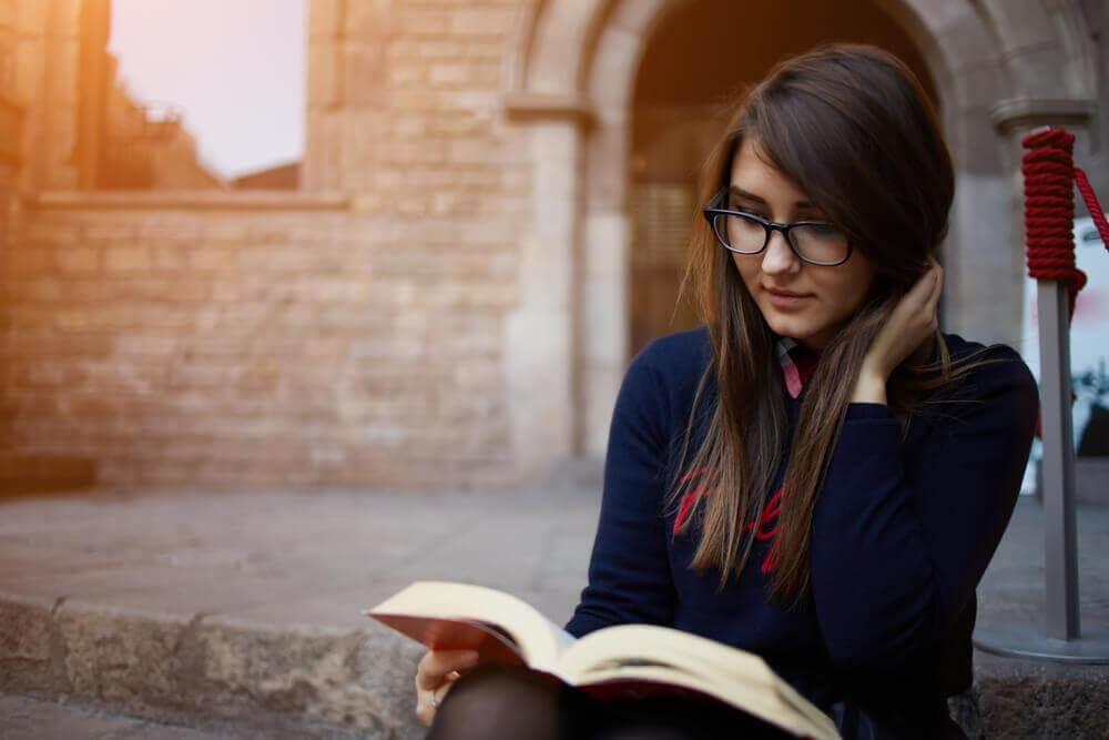 4 beneficios que trae la lectura para la salud en general del cuerpo