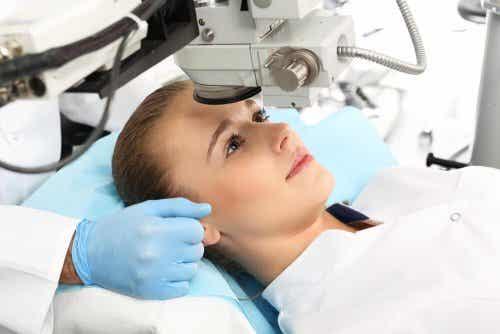 Uso de la cirugía refractiva