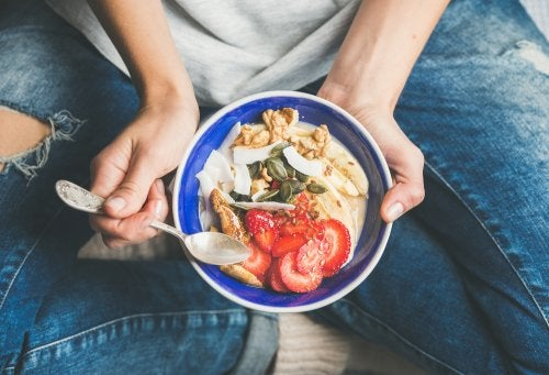 El desayuno aporta gran cantidad de energías que consumimos durante el día.
