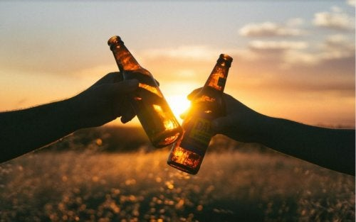 6 grandes beneficios de la cerveza que te sorprenderán