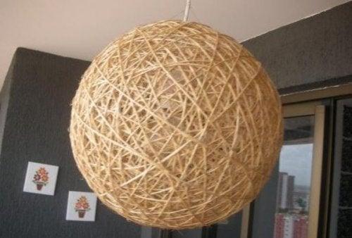 Una-lampara-artesana-nos-permite-crear-un-ambiente-personalizado