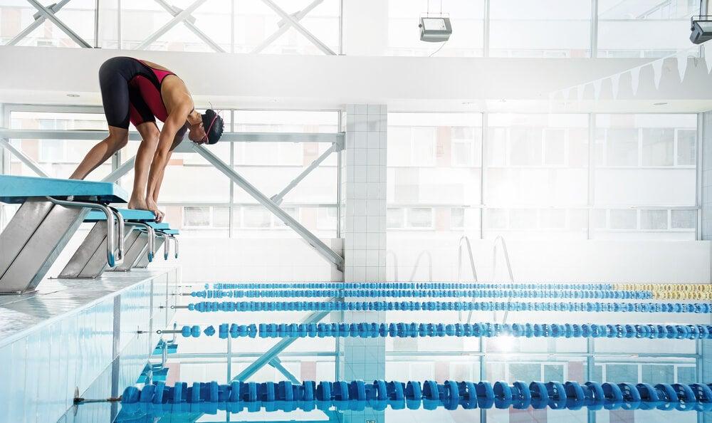 Pessoa que pratica natação