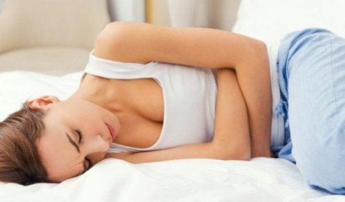 Mujer con trastornos menstruales.