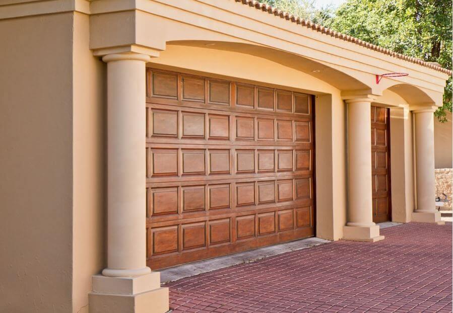 Puertas de garaje modernas para proteger tu casa mejor Puertas corredizas seguras