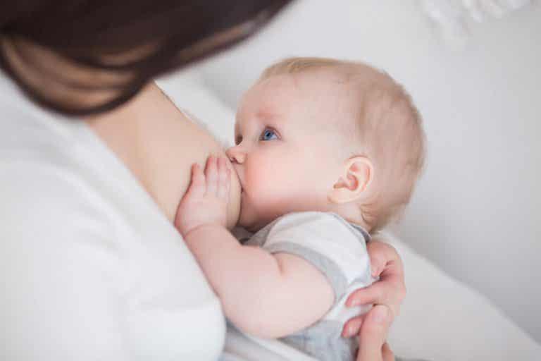 ¿Cómo hacer para que suba la leche después de una cesárea?