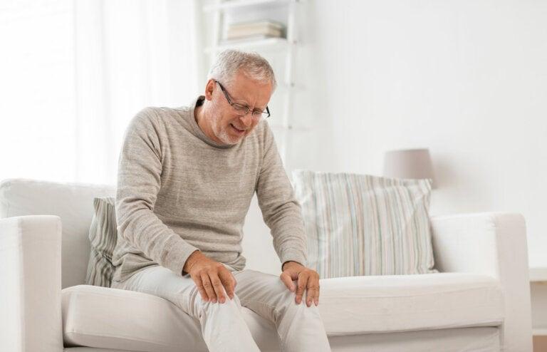 Artrosis de rodilla: causas, síntomas y tratamiento