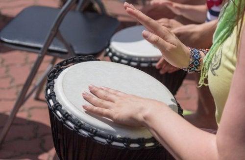 Beneficios de tocar un instrumento musical.