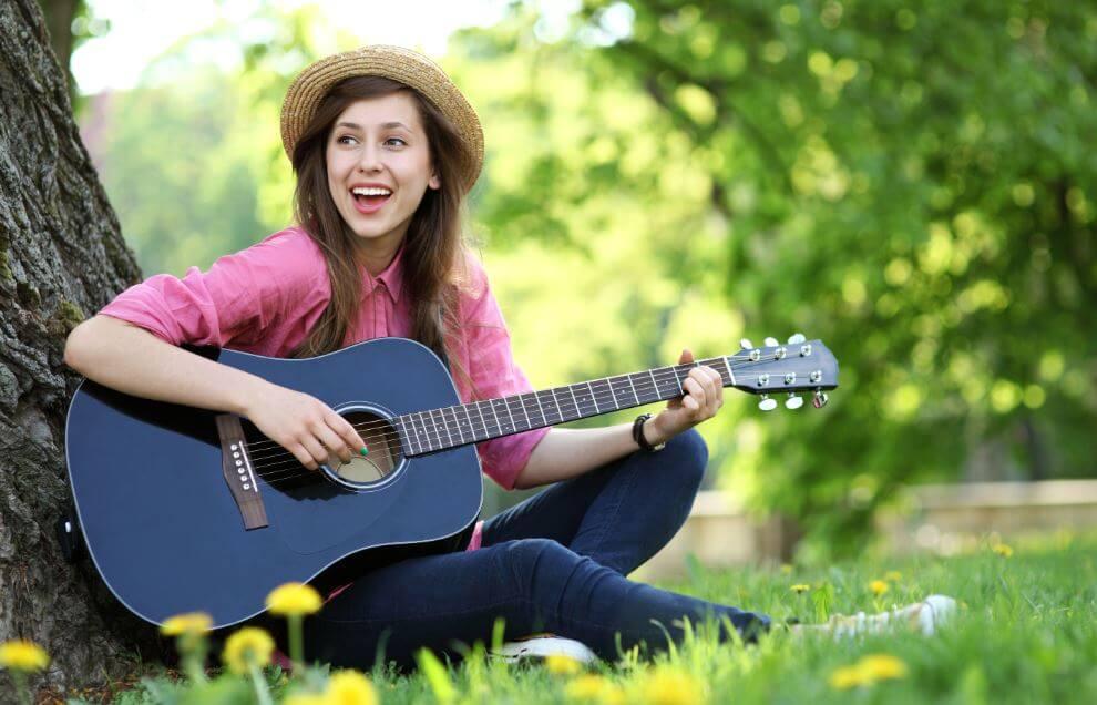 5 beneficios de aprender a tocar un instrumento musical
