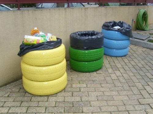 Se pueden realizar cestos reciclados de basura con neumáticos.