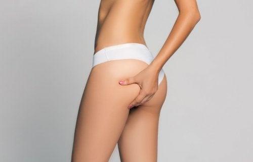 Cómo combatir las zonas difíciles de la mujer: glúteos, caderas y muslos