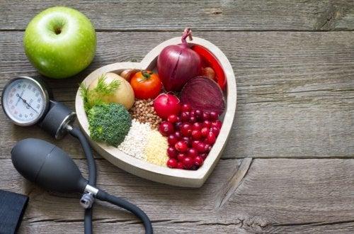 5 tácticas naturales para controlar el colesterol alto