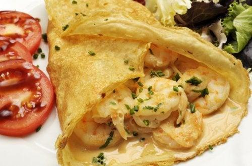Prepara estos deliciosas crepes de camarones