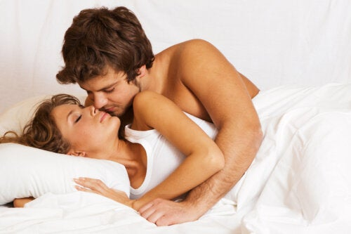 5 posturas para practicar sexo anal